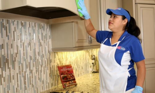Pantry Cleaning Tips | Sarasota Maid Service | Go Housemaids