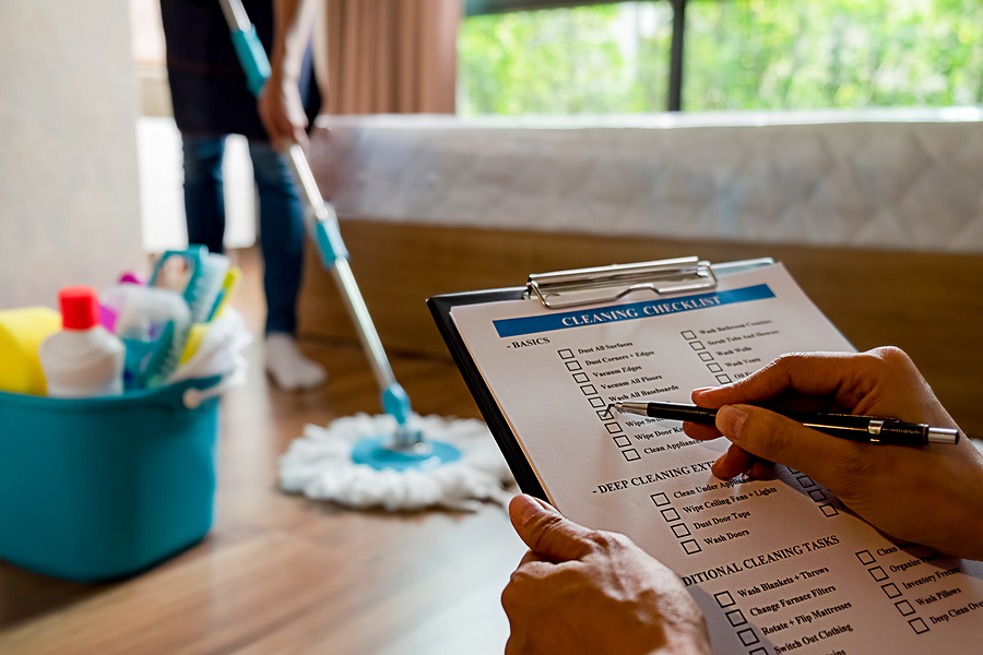 Deep cleaning checklist to remove allergens in a Siesta Key home.